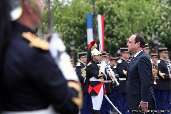 Hollande-8-may