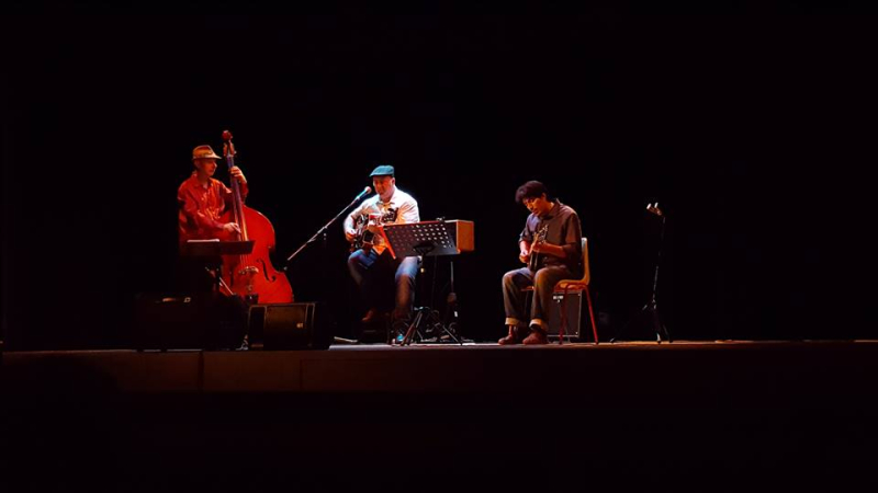 Trio-swing-band
