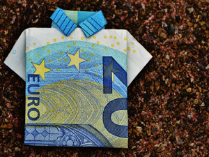 Currency-euro-bill