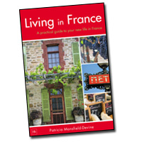 Living in France book